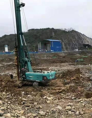 旋挖机设备